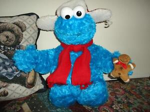 Gund Sesame Street COOKIE MONSTER with GINGERBREAD MAN 19 inch Winter Hat 2005