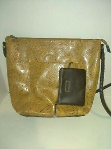 Vintage *RELIC* Tan Leather Paisley Tooled Embossed Purse Dark Brown Trim  New +