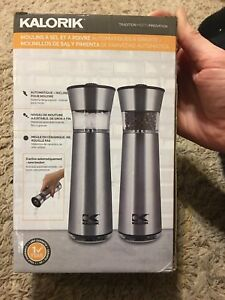 Easygrind Electric Gravity Salt and Pepper Grinder Adjustable in Stainless Steel