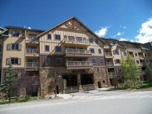 5 Nights: Red Hawk Lodge Condo #2302 Condo by RedAwning ~ RA4986