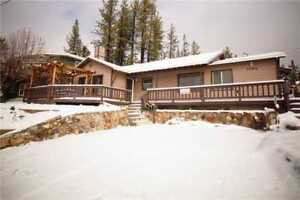 2 Nights: Red Bear Cabin at Big Bear Home by RedAwning ~ RA221685