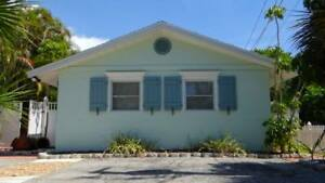 7 Nights: Street South House #54587 Home by RedAwning ~ RA176194