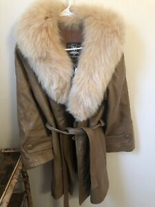 vintage leather jacket Fur Collar size Large