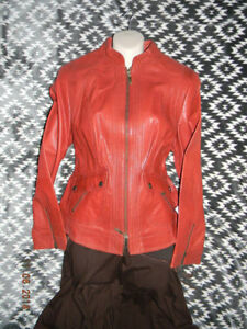 Large Ladies Scully Leather Jacket Zipper Closure 2 Front Double Pockets
