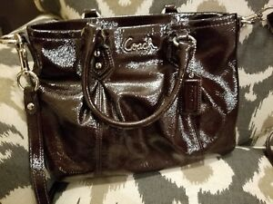 COACH Patent Leather Crossbody Purse Mint Condition!