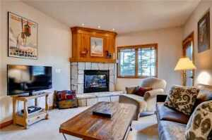 5 Nights: Riverbend Lodge #118 Condo by RedAwning ~ RA53223
