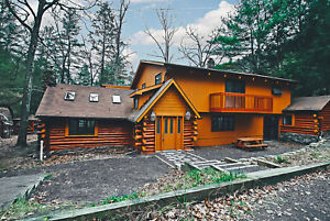 2 Nights: Bushkill Lodge House 383 Home by RedAwning ~ RA90981