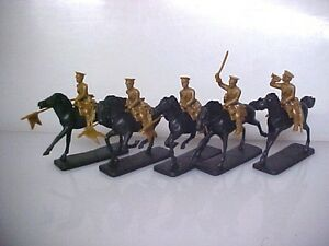 5 Mounted British Cavalry Lancers AIP plastic soldier army men Armies In Plastic