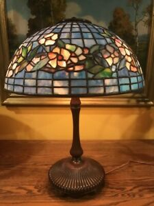 leaded vintage lamp in the manner and style of tiffany studios excellent replica