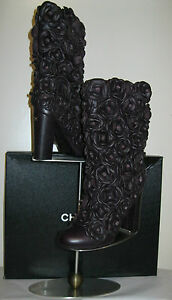 CHANEL boots NEW size 38