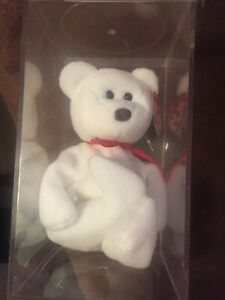 BEANIE BABY RARE COLLECTIBLE. WITH ERROR. VALENTINO WITH BROWN NOSE.