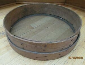 ANTIQUE Primitive WOOD & SCREEN GRAIN SIFTER Large 18