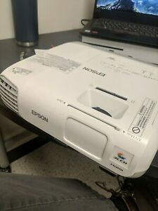 Used Epson PowerLite 965 Tri-LCD Projector. Great condition!!!