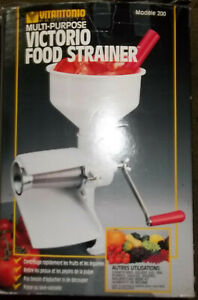 Classic Victorio Food Strainer #200 White Great For Tomatos Soups Baby CIB