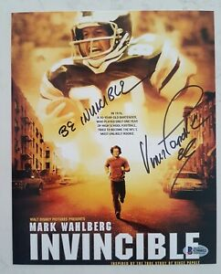 VINCE PAPALE NFL INVINCIBLE 8x10 inch SIGNED PHOTO BECKETT BAS COA