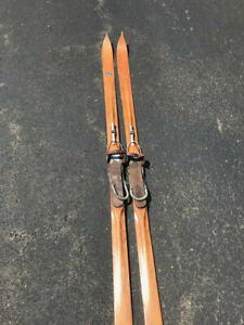 VINTAGE WOODEN SKIS 30's CANADIAN DODDSTRACKEATON'S SUPERSRACING