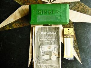 3 MIX LOT VINTAGE SEWING SINGER BUTTON HOLDER ATTACHMENT CASE INSERT amp; OTHERS $9.99