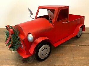 15quot; L Metal Red Truck Vintage Style Pickup Decor with Attached Wreath New $16.95