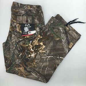 Realtree Xtra Camouflage Cargo Hunting Pants Womens size XL or 38 x 31