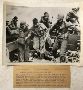 WW2 Original ACME Telephoto Wounded US Marine Transferred From Iwo Jima on D Day