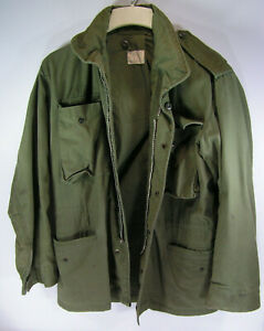 vintage army combat field jacket OG 107 mens small to medium military green 1967 $44.99