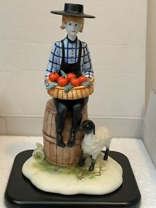 P. BUCKLEY MOSS Sculpture Collection COUNTRY BOY Anna Perenna Porcelain ITALY $99.00