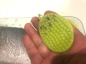 Designed Fish Cleaner Kitchen Hand Tool Fish Scale Remover In 5 Minuets 100% ++
