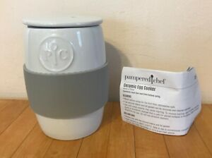 PAMPERED CHEF Ceramic Microwave Egg Cooker Poacher Oatmeal Maker #1529 17B PC