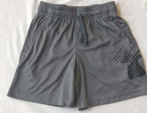 NWT UNDER ARMOUR BEAUTIFUL BOYS SHORTS SIZE XS COLOR GRAY AND BLACK $10.99