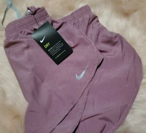 Nike Women's Dry Mod Tempo EMB Running Shorts Size Medium NWT Dry Fit Rose Pink $34.00