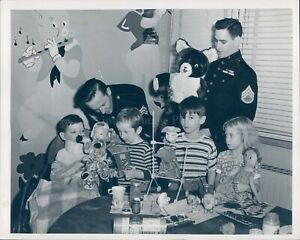 1949 Photo Toys Tots Burnham Memorial Hospital Children Fitzpatrick Barrett 7x9