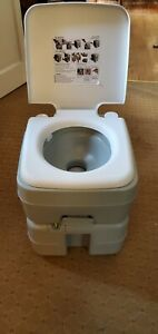 Giantex portable Rv Toilet