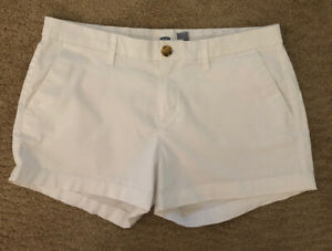 Old Navy White Shorts Ladies Size 4 3″ Inseam Flat Front $10.99