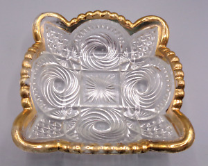 VINTAGE SMALL SQUARE PRESSED CUT GLASS TRINKET DISH ASH TRAY BOWL GOLD TRIM