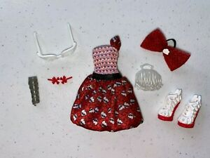 Monster High Ghoulia Yelps Dot Dead Gorgeous Clothes and Accessories $18.50