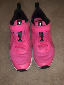NIKE Girls Downshifter Sneakers Shoes Pink Black Hook Loop Strap Size 1 Year 1Y $12.99