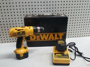 DeWalt Drill DW972 w 2 Batteries and Charger NICE HARD CASE COOL MAN CAVE $43.99