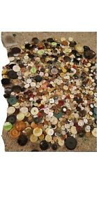 Hundreds of Antique sewing buttons buy it now $50.00