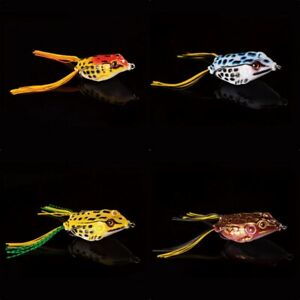 4 pc. TOPWATER Frogs Snagless amp; Weedless Nice variety of colors