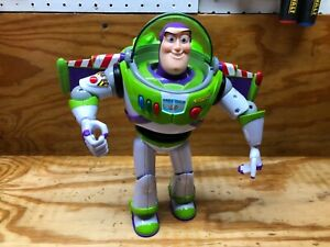 Disney Pixar Toy Story Buzz Lightyear Talking Action Figure Thinkway Batteries $32.95