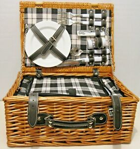 2 Persons Picnic Basket Insulated Cooler with Cups Plates Utensils Wine Opener