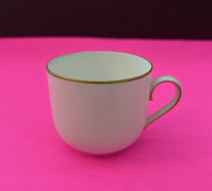 B G BING GRONDAHL WHITE AND GOLD PORCELAIN SINGLE CUP $4.99