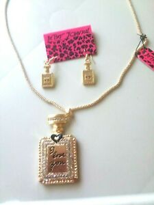 Betsey Johnson Sparkling Crystal Perfume Bottle necklace and earring set $13.00