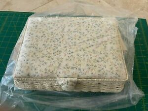 Fabric Craft Sewing Basket Thread Needle Storage Box Organizer NEW IN PACKAGE $14.99