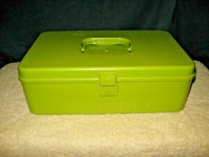 Vintage Sewing Box Plastic WIL HOLD W Removable TraY amp; Thread storage Great Size $12.50