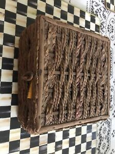 Vintage Rattan Wicker Sewing Box Basket Case With Contents $21.00