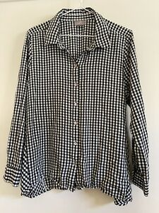 J. Jill Black And White Check Long Sleeve Button Up Top Size Petite Medium $18.95