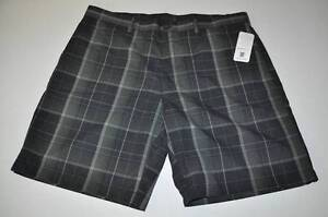 PGA TOUR CLUBHOUSE GOLF DRY FIT GRAY PLAID SHORTS MENS SIZE 40 NEW