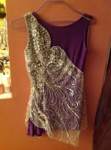 Georgics  FIGURE SKATE  handmade DRESS lilac with  many stones sz. SMALL NEW