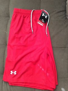 Under Armour Men's Heatgear Red Loose Fit Shorts Large NWT